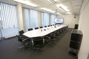 konferenzraum b ro bonn zentrum mieten seminarraum gewerbeimmobilien. Black Bedroom Furniture Sets. Home Design Ideas